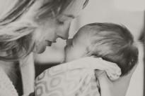 Skandalumwitterte Leihmutterschaft und heilige Adoption