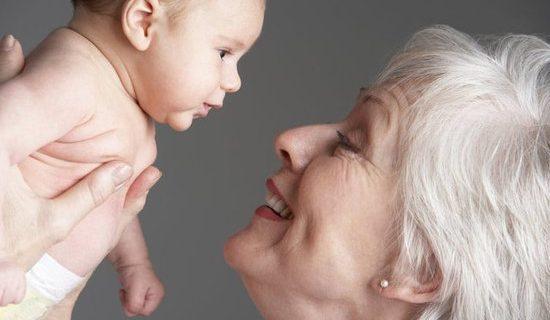 Australierin wird mit 63 Jahren Mutter