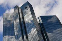 Streit um einbehaltene Boni bei der Deutschen Bank eskaliert