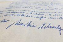 Blau auf weiß: Was Martin Schulz' Handschrift über ihn verrät