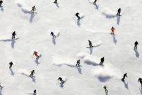 Wintersport: Bunte Farbenpracht auf der Skipiste