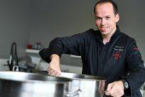 Spitzenkoch mit Anfang Dreißig: Wie schmeckt es beim jüngsten Zwei-Sterne-Koch Deutschlands?