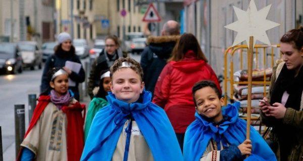 Sternsinger: Unterwegs mit Königskindern