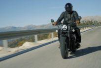 Triumph Bobber Black: Eine klare Verbobberung