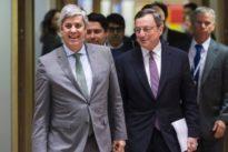 Treffen in Brüssel: Euro-Finanzminister billigen weitere Hilfsmilliarden für Griechenland