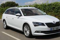 Fahrbericht Škoda Superb Combi: Freies Laden und frech wie einst