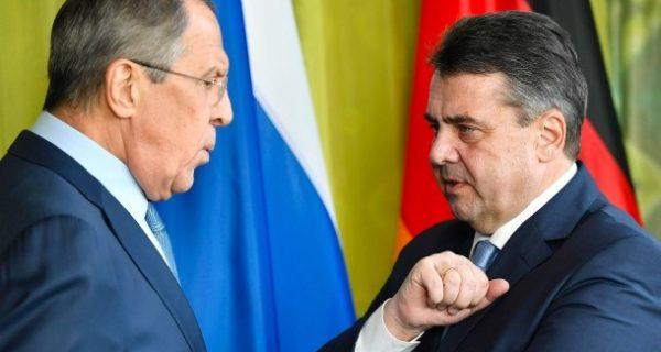 Abbau von Sanktionen: Röttgen kritisiert Gabriels Russland-Vorstoß