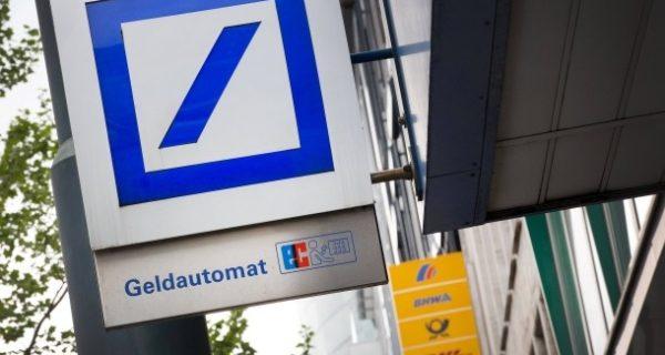 Bankenfusion: Tausende Stellen bei Deutscher Bank und Postbank in Gefahr