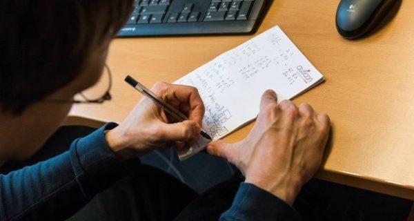 Autismus in der Arbeitswelt: Wie guckt der Chef, wenn er sich ärgert?