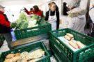 Streit über Aufnahmestopp: Essener Tafel will bald wieder Ausländer aufnehmen