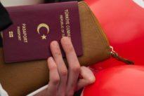 Kritische Menschenrechtslage: Mehr als 1000 Asylanträge von türkischen Beamten und Diplomaten