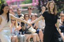 Theater statt Laufsteg: Die etwas andere Bühne für Modedesigner