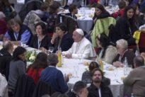 """Neues Kochbuch: """"Papst Franziskus geht meist in die Mensa im Vatikan"""""""