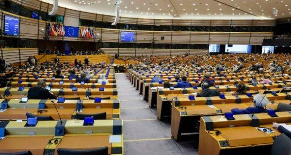Rechtspopulisten: EU-Parlament moniert Spesenabrechnung über 427.000 Euro