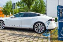 Streit mit Bundesamt: Tesla erstattet Kunden Rückzahlung der Umweltprämien