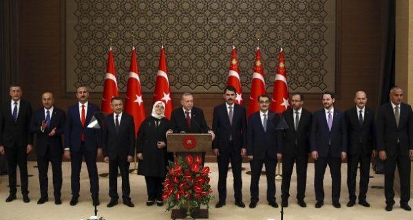 Neues Regierung vorgestellt: Das türkische Kabinett schrumpft