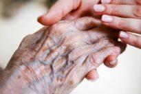 """Renditen von Heimbetreibern: """"Raubritter"""" der Pflege?"""