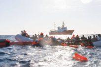 """Seenotrettung im Mittelmeer: Bundestagsvizepräsidentin Roth warnt: """"Humanität droht zu ertrinken"""""""