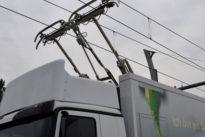 Sogenannter eHighway auf A5: Feldversuch für elektrische Lastwagen rückt näher