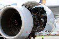 Lufthansa Technik: Ein Triebwerk wird durchleuchtet