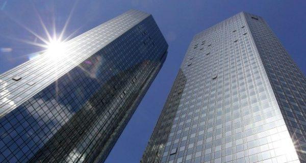 IT-Probleme: Deutsche Bank muss von Hand auf Geldwäsche prüfen