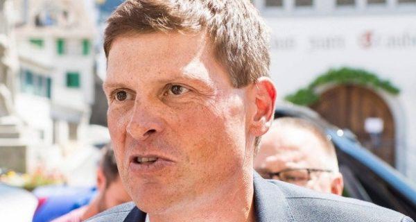 """""""Mit einem Besenstiel"""": Jan Ullrich in Polizeigewahrsam auf Mallorca"""