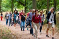 Wandernde Singles: Partnersuche in der Natur