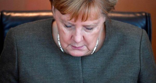 Rückzug als Parteivorsitzende: Merkels Monster