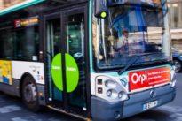 Paris: Busfahrer wirft Passagiere raus, die Rollstuhlfahrer keinen Platz machen