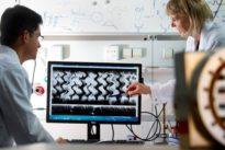 Fortschritte der Nanomedizin: Schlüpfrige Roboter im Auge