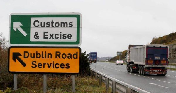 Was der Deal bedeutet: Der Brexit-Kompromiss bindet die Briten an die EU