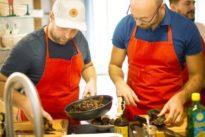 Kochkurs für Männer: Wo Kerle sanft seufzen
