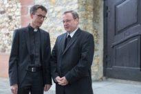 Priester verlässt Kirche: Aus Zweifel am Zölibat