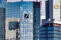 """Mögliche Bankenfusion: """"Gefangen in zu niedrigen Erträgen und zu hohen Kosten"""""""