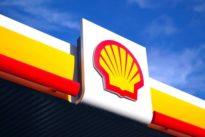 Elektroautos: Shell rüstet erste Tankstellen mit Ladesäulen aus