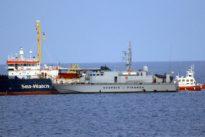 "Flüchtlinge dürfen an Land: Italien beschlagnahmt ""Sea-Watch 3"""