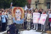 """Kirchenstreik Maria 2.0: """"Wir ertragen es nicht mehr"""""""