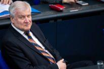 Dschihadisten: Seehofer will IS-Rückkehrer genau kontrollieren