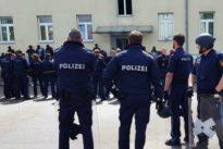 Aufstand in Ankerzentrum: Polizei-Großeinsatz nach Leichenfund in Asylbewerberheim