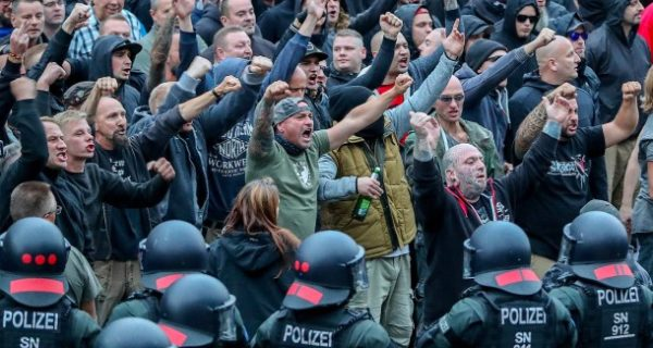 """Verfassungsschutz-Präsident: """"Neue Dynamik von Rechtsextremisten"""""""