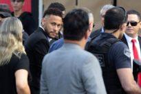 Vergewaltigungsvorwürfe: Neymar fünf Stunden lang befragt
