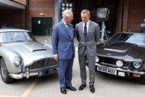 In London: Prinz Charles besucht James-Bond-Filmset