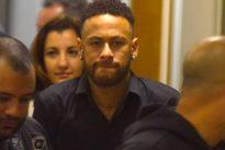 """Vorwurf der Vergewaltigung: Nike ist """"besorgt"""" wegen Anschuldigungen gegen Neymar"""