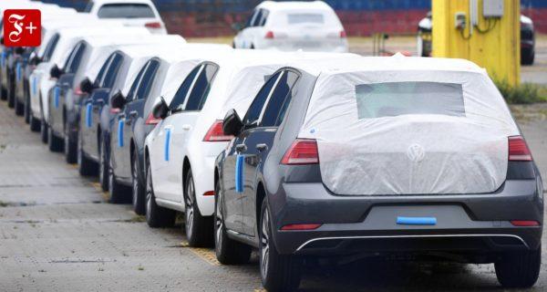 Mobilitätswende: Auto-Deutschland im Schleudertrauma