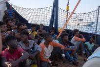 """Krise auf dem Mittelmeer: Malta lässt Gerettete von """"Alan Kurdi"""" an Land"""