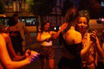 Brasilianischer Tanz: Eine Frau, die führt