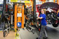 Beschäftigung in Deutschland: Krise am Arbeitsmarkt? Fehlanzeige!