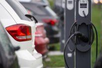 Rechtsgrundlagen: Was gegen Falschparker an der E-Säule hilft