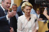 Showdown im EU-Poker: Weber rechnet mit klarer Mehrheit für von der Leyen