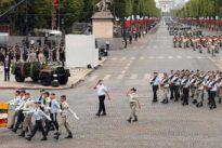 Deutsche bei Militärparade: Seite an Seite mit den französischen Waffenbrüdern